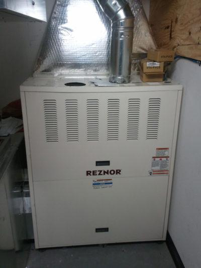 Reznor Indoor Upflow Furnace